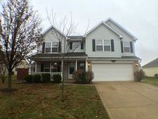 975 Youngs Creek Dr, Franklin, IN 46131