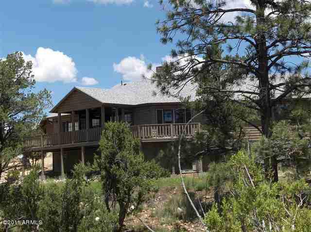 1860 N Tenney Ln, Overgaard, AZ 85933