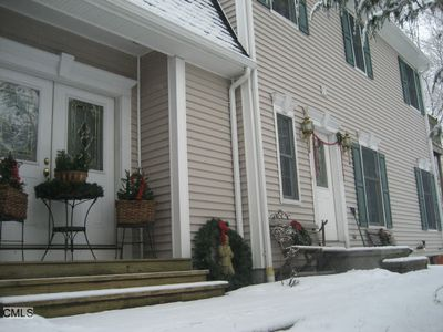 373 Main St, New Canaan, CT