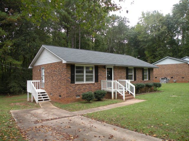 southern home rentals greenwood sc 130 dorchester st greenwood sc 29646 home for and 921
