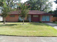 4921 Libbey Ln, Houston, TX 77092