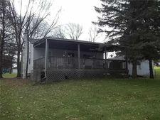 25 E Fairview Ave, Bessemer, PA 16112