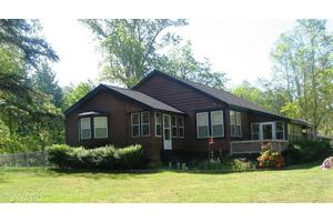 73269 26th Ave, South Haven, MI 49090