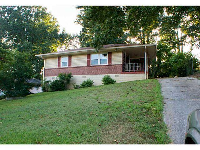 27 Section 8 Atlanta Housing Dr Nw, Atlanta, GA 30318