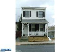 318 Prospect Ave, Bridgeport, PA 19405