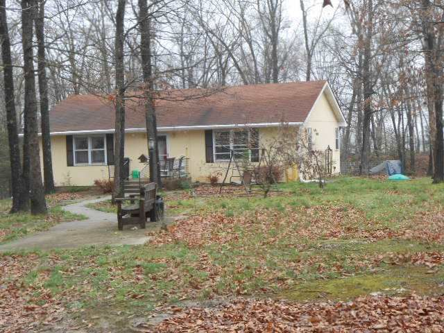 15878 Crest Ave, Cole Camp, MO 65325