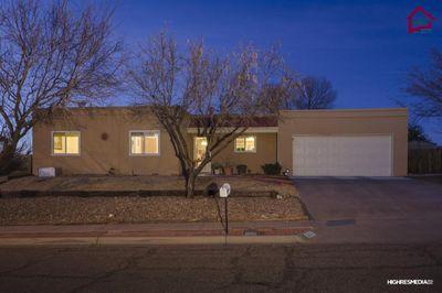 1213 Oakridge Dr, Las Cruces, NM