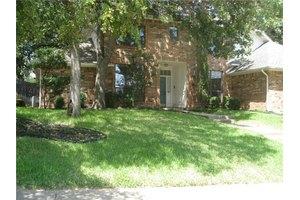 1512 Mission Hills Ln, Corinth, TX 76210