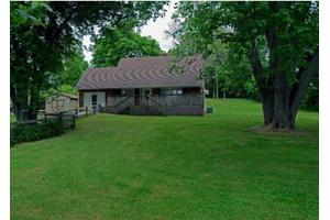 651 Locust Fork Rd, Stamping Ground, KY 40379