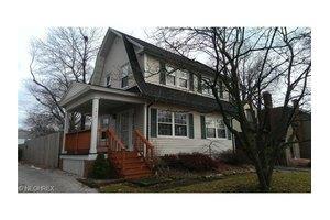 1813 Glenmount Ave, Akron, OH 44301