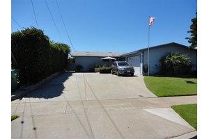772 Ellen Ln, El Cajon, CA 92019