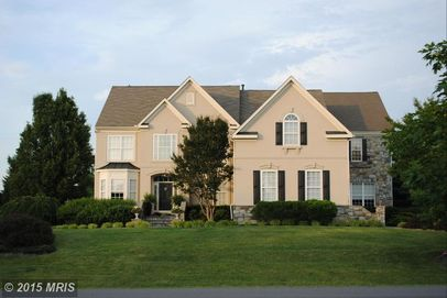 44304 Lord Fairfax Pl, Ashburn, VA 20147