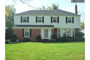 Photo of 21988 East Byron Rd,Shaker Heights, OH 44122