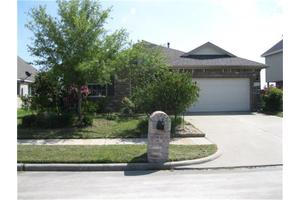 4810 Shale Dr, Baytown, TX 77521