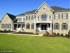 13603 Kings Isle Ct, Bowie, MD 20721