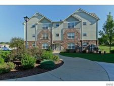 2014 Piedmont Cir, Saint Peters, MO 63304