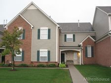 54746 Monarch Dr, Shelby Twp, MI 48316