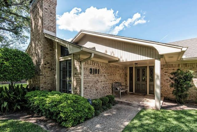 3101 Wooded Acres Dr Waco Tx 76710 Home For Sale And