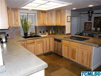 5716 W Stewart Ave, Visalia, CA 93291 - realtor com®