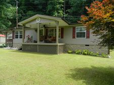 1712 Stone Coal Rd, Pikeville, KY 41501