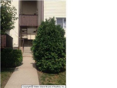 340 Timber Ridge Dr, Staten Island, NY 10306