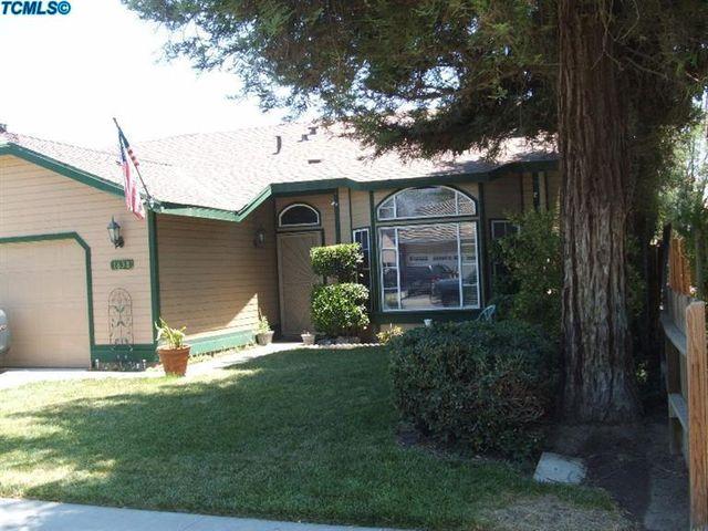 1838 Holliday St, Tulare, CA 93274