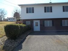 63 Springer Ave, Uniontown, PA 15401