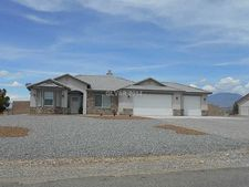 160 E Hickory St, Pahrump, NV 89048