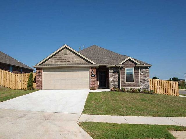 Home For Rent 3036 Downs Dr Fayetteville Ar 72704