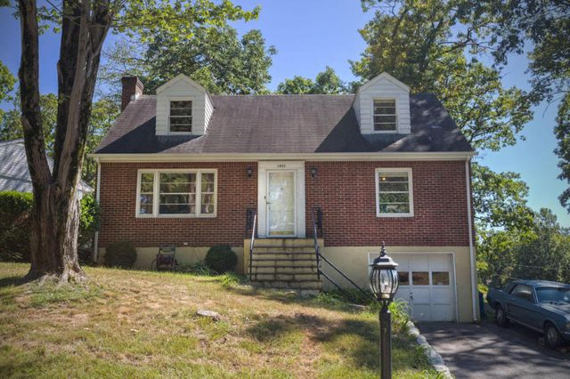 1033 Silverwood Rd Nw Roanoke Va 24017 Home For Sale And Real Estate Listing