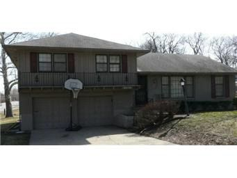 6301 Hedges Ave, Raytown, MO