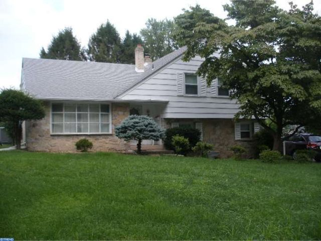 1041 westwood dr springfield pa 19064 home for sale