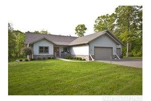 13772 Vista Oaks Dr SW, Pillager, MN 56473