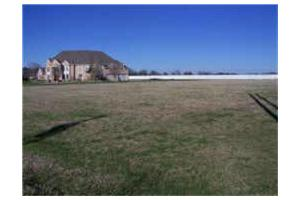 100 N Paschall Rd, Sunnyvale, TX 75182