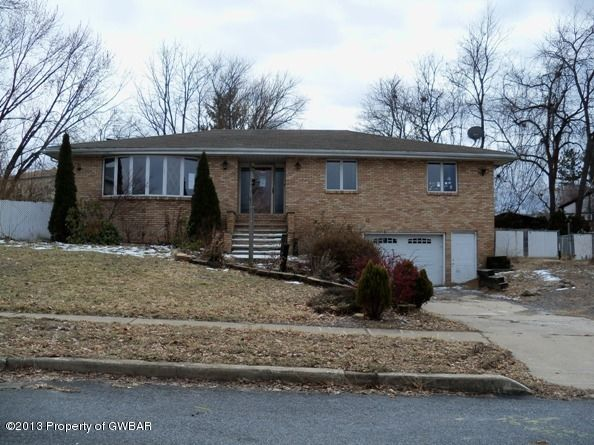 74 Wilcox Dr, Wilkes Barre, PA