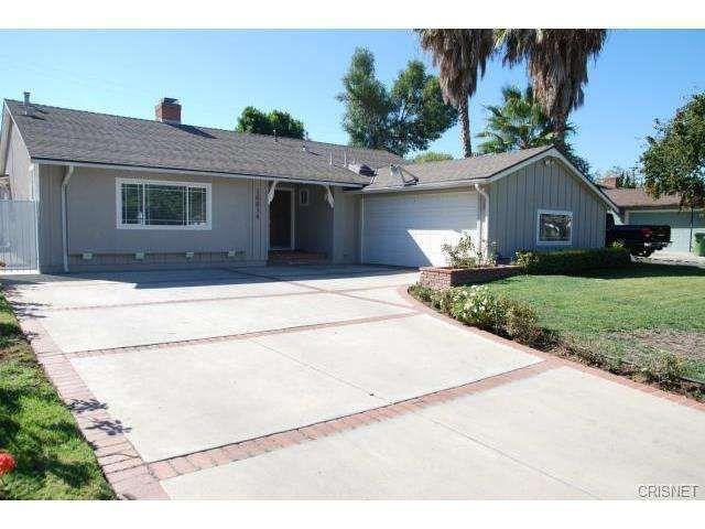 16834 Minnehaha St Granada Hills, CA 91344