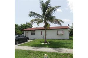 2220 NW 29th Ter, Fort Lauderdale, FL 33311