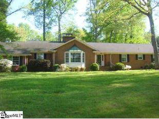 1204 Edwards Rd, Greenville, SC