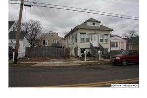 330 Porter Ave, Seaside Heights, NJ 08751