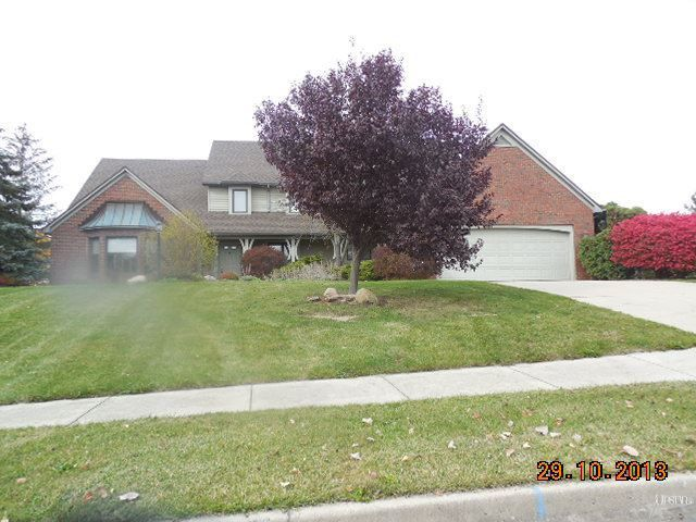 8227 Fieldcrest Ct, Fort Wayne, IN