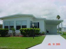 953 Frangi Pani Dr, Barefoot Bay, FL 32976