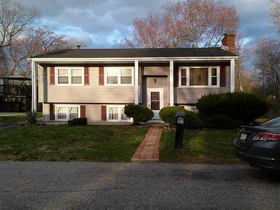 160 Arcadia Ave, Cranston, RI
