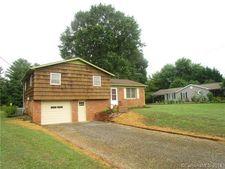 118 Greenlea Cir, Taylorsville, NC 28681