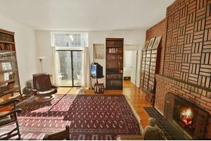 24 W 83rd St Apt 5r, New York City, NY 10024