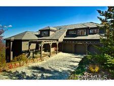 473 Summit Ridge Rd, Lake Toxaway, NC 28747