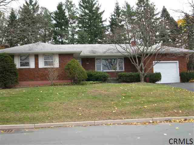 20 Brentwood Ave Troy, NY 12180