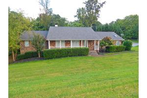 300 Forest Oak Dr, Knoxville, TN 37919