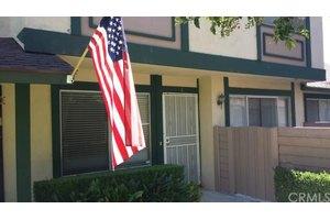 1750 N Cedar Glen Dr Apt C, Anaheim, CA 92807