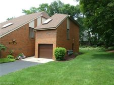 4695 Mayfield Rd Apt F, South Euclid, OH 44121