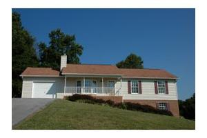 1606 Sky View Dr, Kingsport, TN 37660